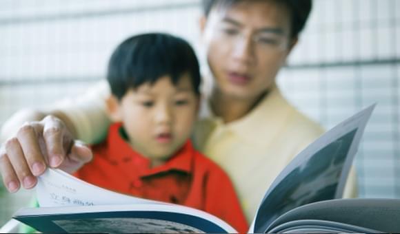 Stimulasi Tepat Agar Anak Cerdas