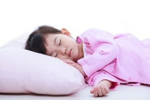 5 Kiat Buat Si Kecil Tidur Nyenyak