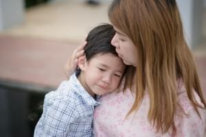 Kenali dan Atasi Rasa Takut serta Kecemasan pada Si Kecil